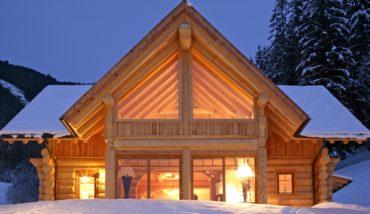 Какой деревянный дом лучше для юга? Каркасной или бревенчатой конструкции?