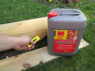 Чем обработать деревянный дом от гниения?