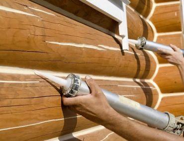 Заделка швов – пазов между бревнами в деревянном бревенчатом доме